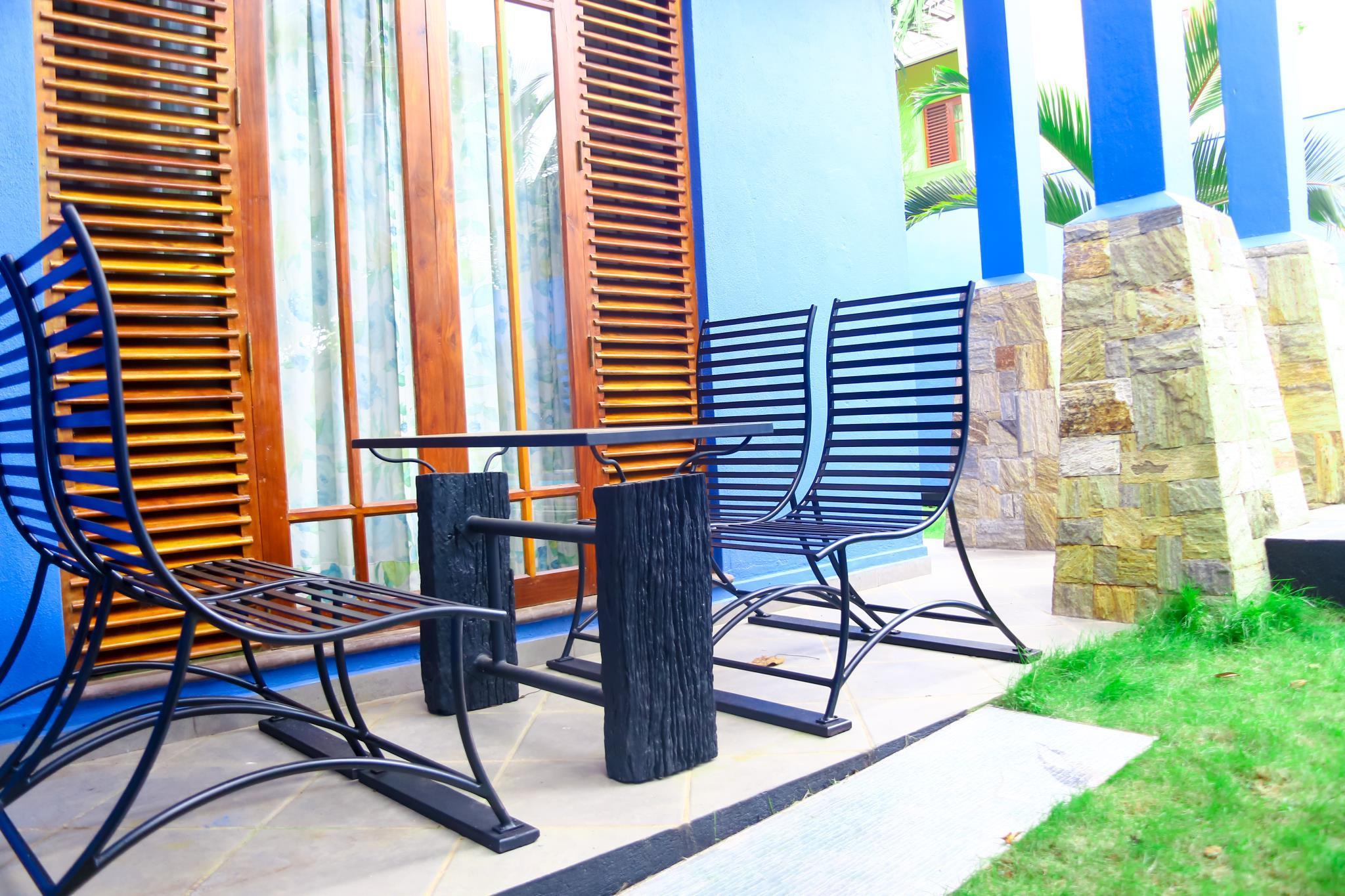 Blue Palm Villa