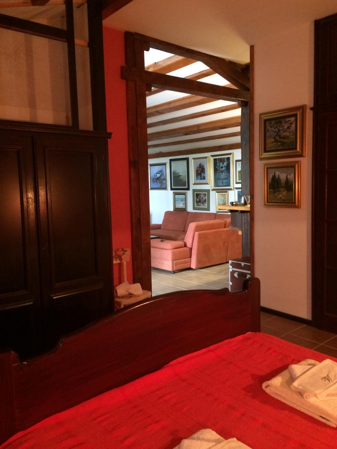 Apartments Picasso Komiza  Apartment Atelier