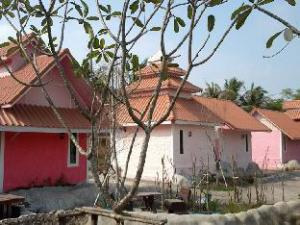 Pathuma Garden & Resort