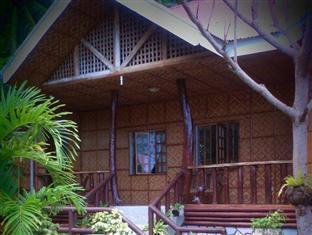 picture 4 of Hilltop Cottage Resort