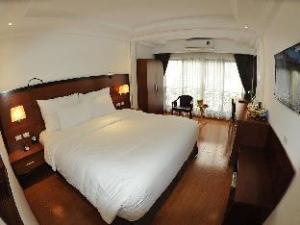 โรงแรมเดอะ แวนคูเวอร์ นิง บิง (The Vancouver Hotel Ninh Binh)