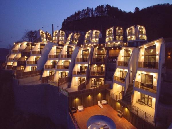 W Jiwoo Resort Gapyeong-gun