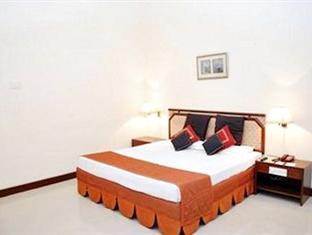 Usha Bundela Hotel 2