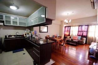 picture 1 of 2-Bedroom Huge Apartment 1403 with Tub in Ayala