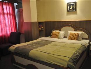 Hotel Marvel International and Restaurant photo 3