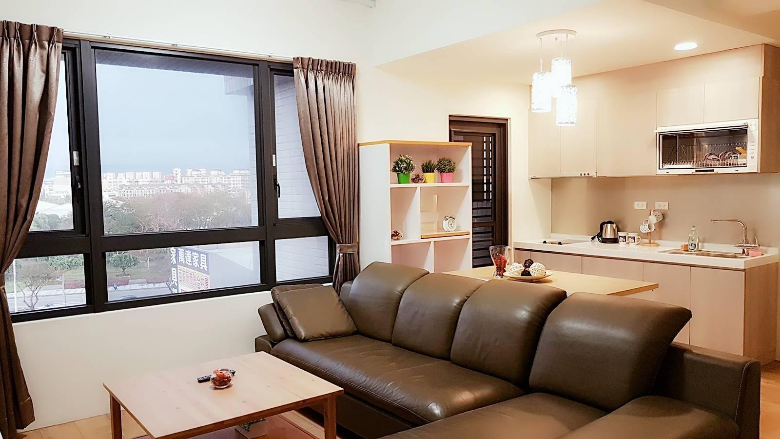 Fong Jia  Window