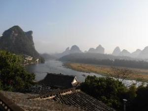 Yangshuo River Times Hotel