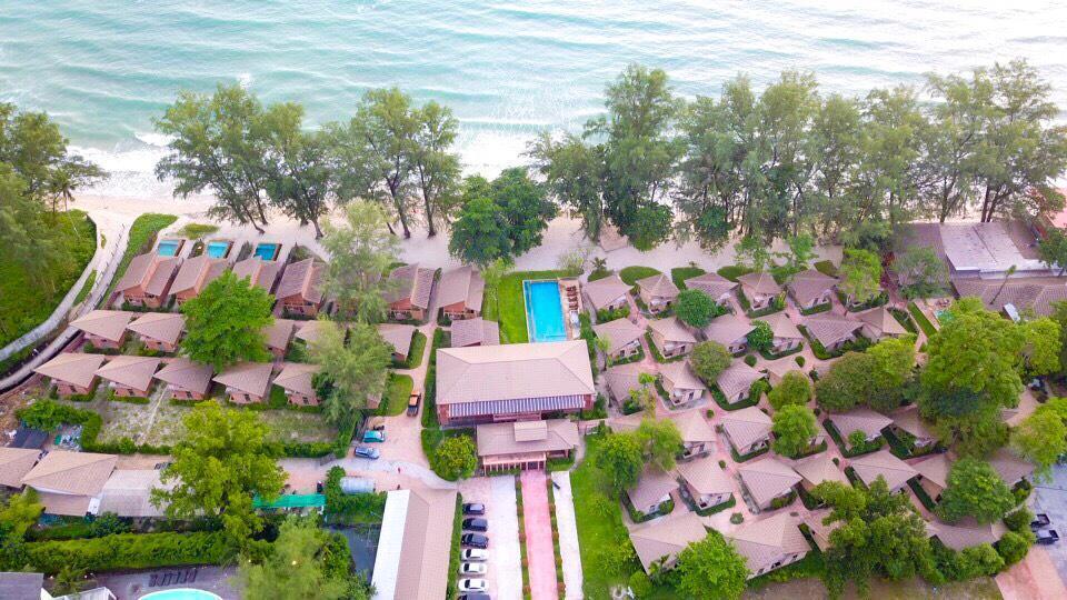 Flora I Talay Resort ฟลอร่า ไอทะเล รีสอร์ท