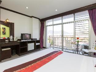 %name โรงแรมป่าตองบุรี ภูเก็ต