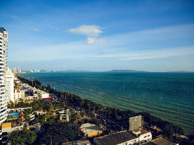 วิวทะเล คอนโดมีเนียม บาย วาลาด พรอพเพอร์ตี้ – View Talay Condominium by Vlad Property