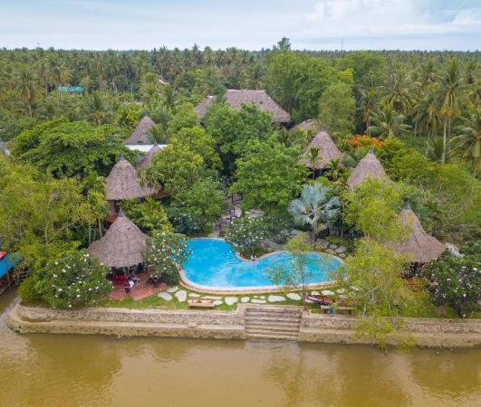 Amphawa Club Resort & Spa Amphawa