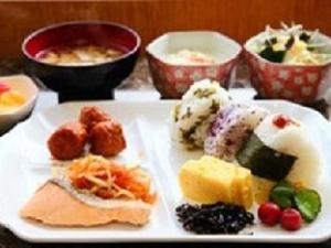 Toyoko Inn Okinawa Naha Shin-toshin Omoromachi