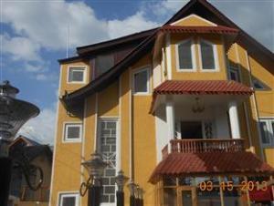 Nausheen Guest House