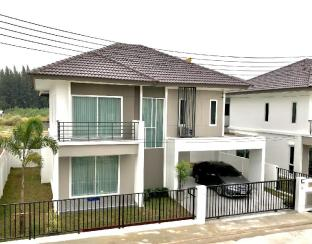 %name Natural Big House 3BR in Jomtein 10 mins to Beach พัทยา