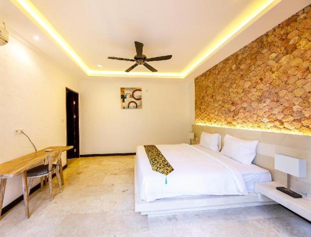 Brand new villa Suzuki 3, center of Seminyak