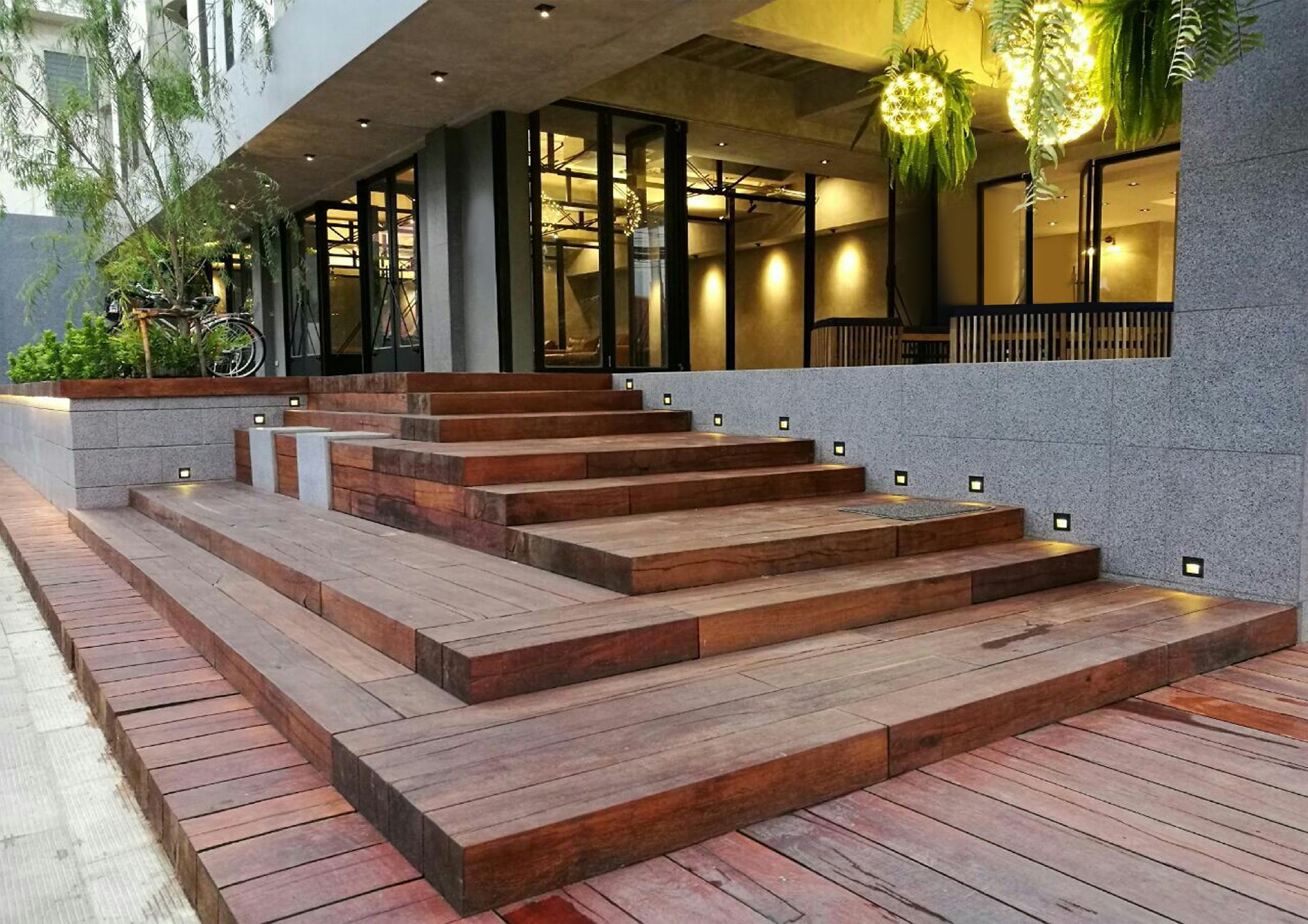 ถูกกว่าถึง 30% โรงแรมบอสโซเทล เชียงใหม่ (Bossotel Chiang Mai Hotel) CR Pantip