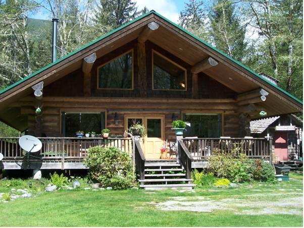 Remote Renfrew Riverside Retreat