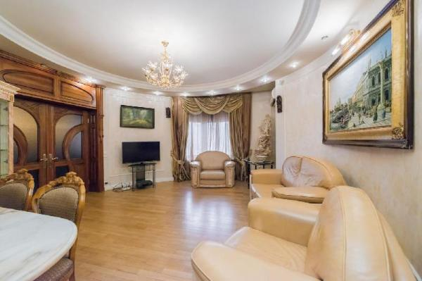 Spacious luxury apartment in the center of Moscow Moscow