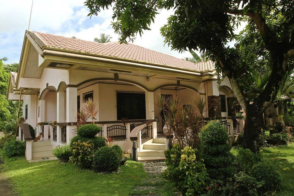 Manay Jennies Bed And Breakfast