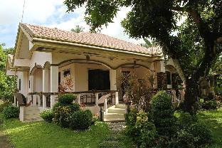picture 1 of Manay Jennies Bed and Breakfast