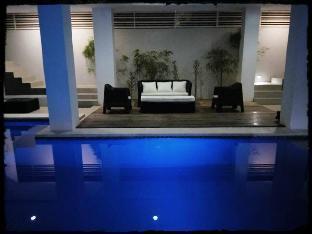 picture 3 of Anton's Loft Designer Resort Pansol