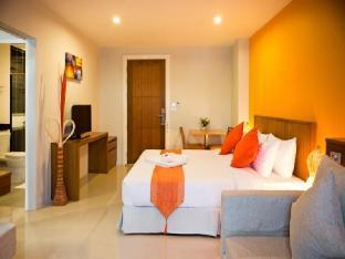 クリスタル ジェイド ラヨーン ホテル Crystal Jade  Rayong Hotel