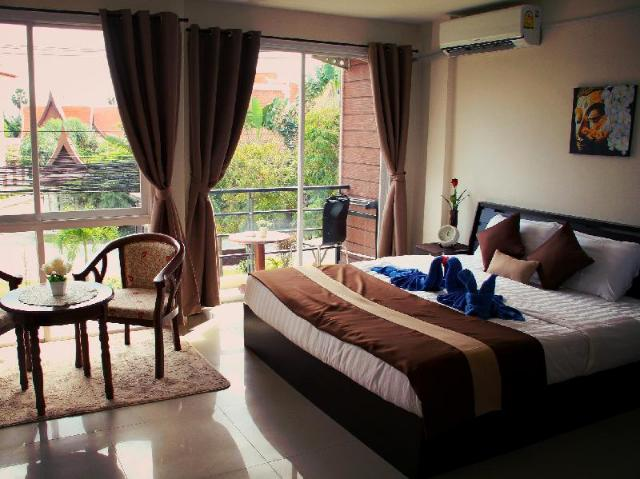 ทรอปิคอล แซนด์ – Tropical Sands Guesthouse