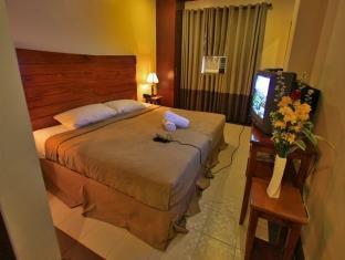 picture 2 of Staylite Candon Hotel