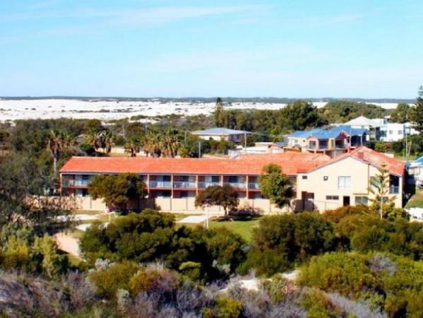 Lancelin Beach Hotel Lancelin