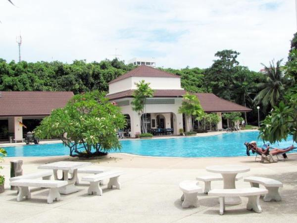 View talay 2 by Phuwiang Property Hotel Pattaya