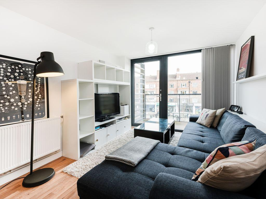 Seymour place apartment