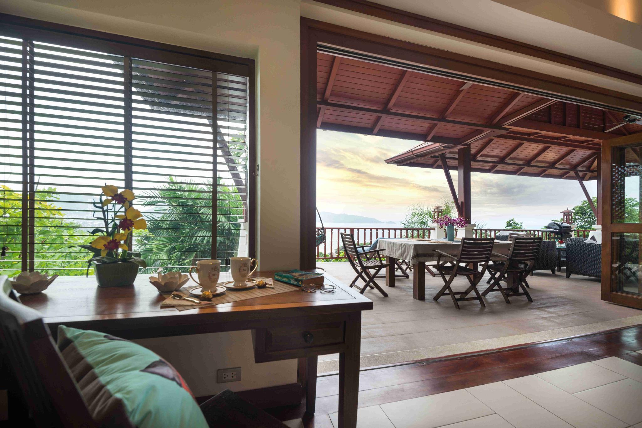 Tom's Sea View Pool Villa/300m to Patong Beach/C10 Tom's Sea View Pool Villa/300m to Patong Beach/C10