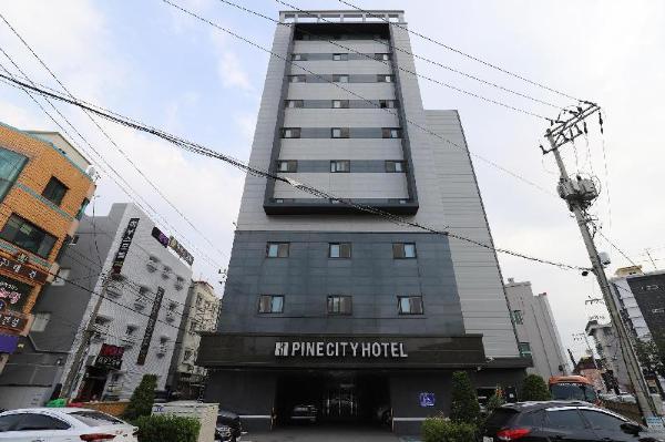 Pine City Hotel Gangneung-si
