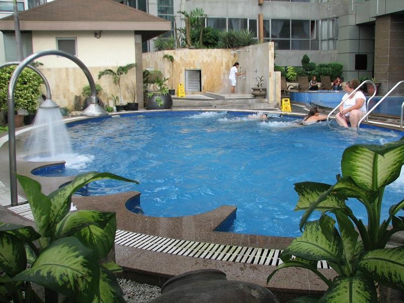 2Br 2B F F Condo At Fuente Osmea Cebu City