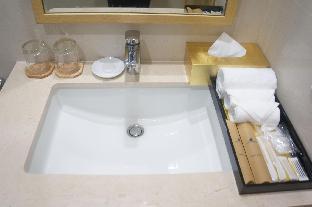SUNSHINE Apartment 5*Resort/Private Beach/ Pool...