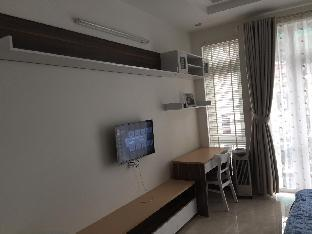 Serviced apartment with pool view