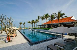 OCEAN BEACH Vip Villa 5*/Beach front/Private pool