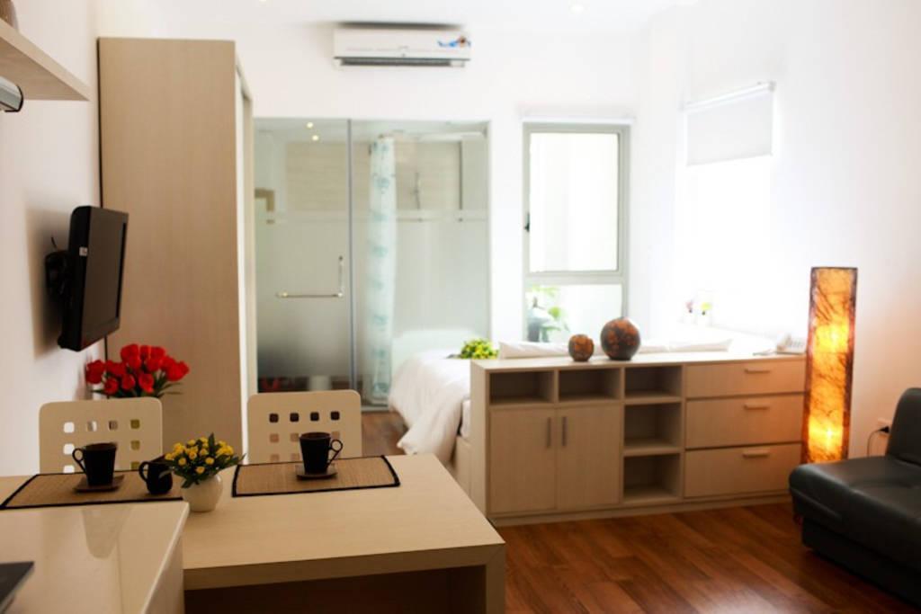 Tran Suites 202 Serviced Studio Free Basic Laundry