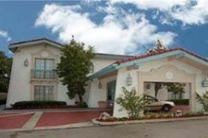 La Quinta Montgomery Eastern Bypass Hotel