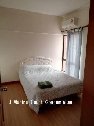 J Marina Court