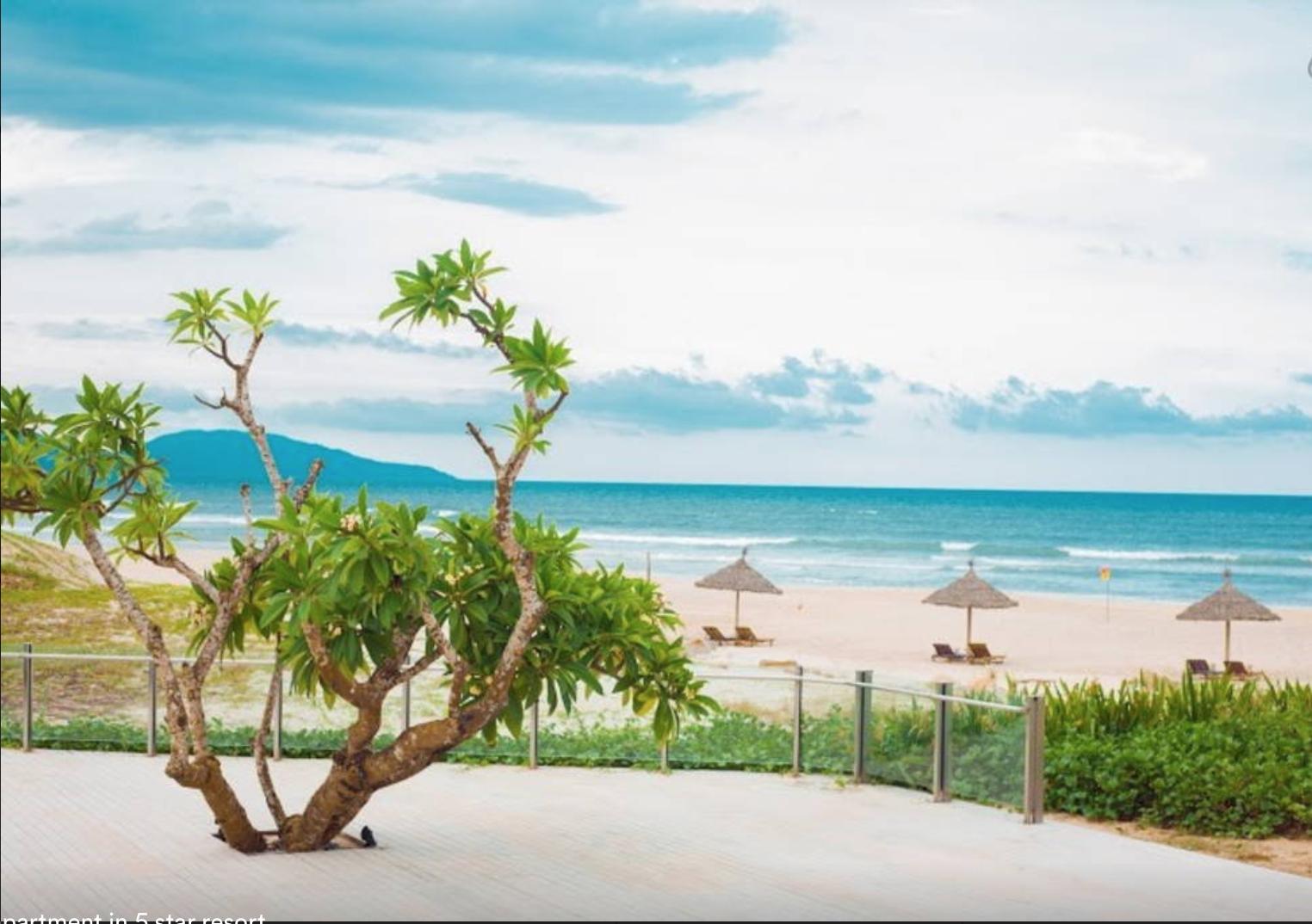 Deluxe Suites 5*Resort  Golf Pools   Private Beach