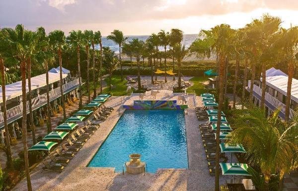 Kimpton Surfcomber Hotel Miami Beach