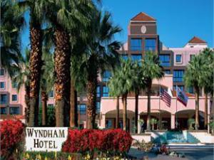 Wyndham Palm Springs Hotel