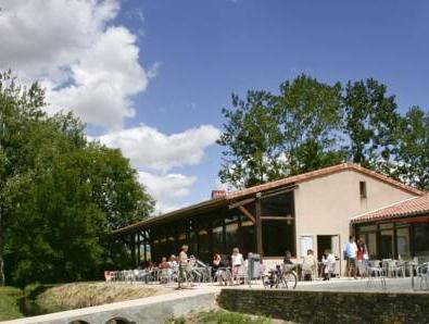 Terres De France   Moncontour Active Park