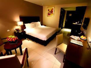 picture 5 of Mandarin Plaza Hotel