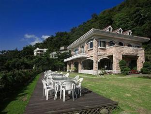 Cloudtop Landscape Hotel