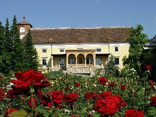Hotel Schloss Weikersdorf Baden  Austria