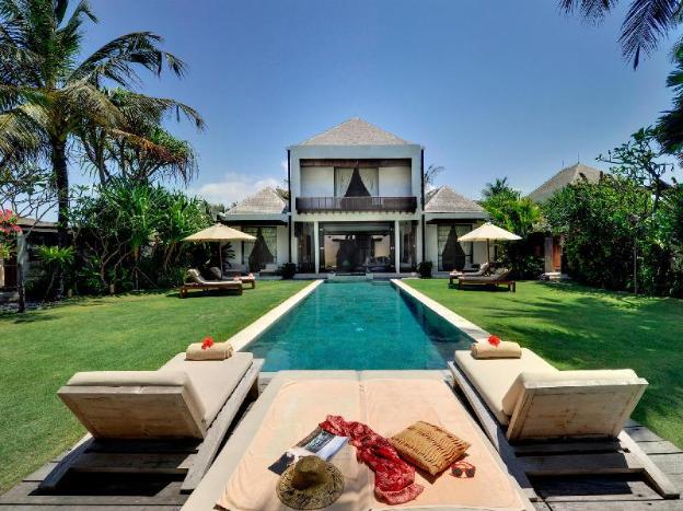 Majapahit Beach Villas