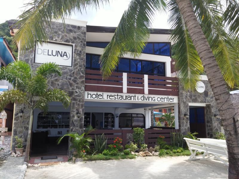 DeLuna Hotel and Diving Resort