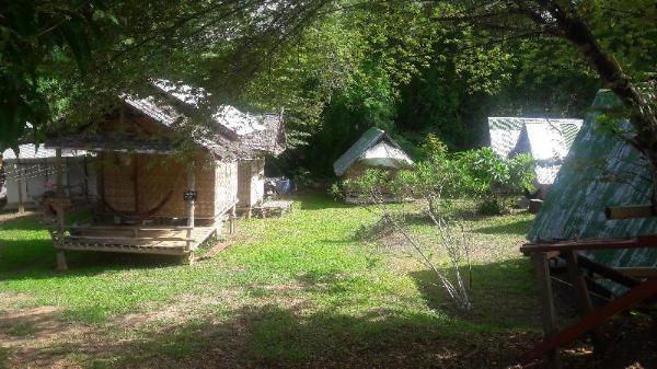 KK Hut Guest House Pai